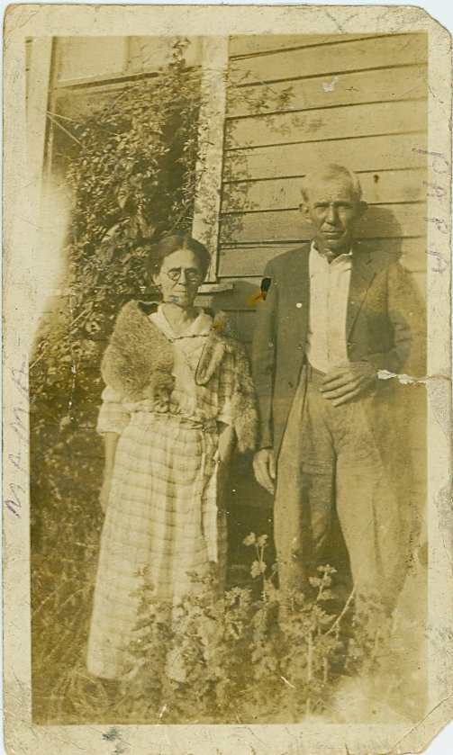 Minnie Viola Russell Kerby and Andrew Ethelbert Kerby 1923
