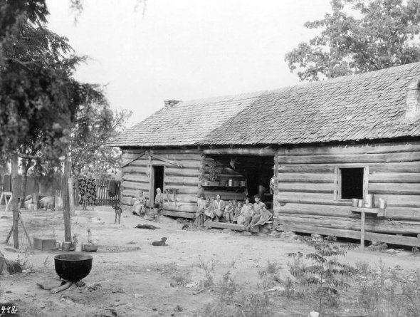 Photo of the Baron McDonald Letson home at Mountain Home, Lawrence County, Alabama
