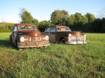 Photo of two old rusty vehicles in Lincoln County Tennessee